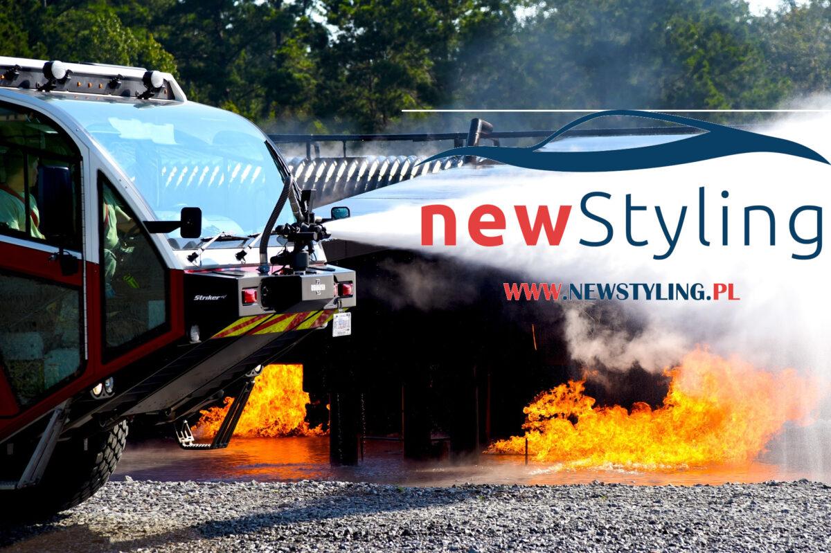 pali się samochód dywaniki samochodowe dywanik do samochodu